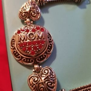 Mom snap bracelet with ruby Crystals